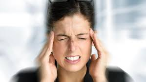 5 Types of Migraines and Headaches Frequently Experience by People - Smile  Delivery Online
