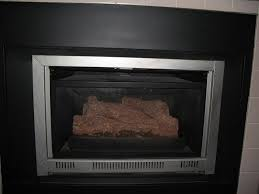 close the flue on my gas fireplace