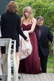Taylor Swift Attends BFF Abigail Anderson's Wedding | PEOPLE.com