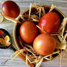 Почему на Пасху красят яйца и откуда появилась традиция