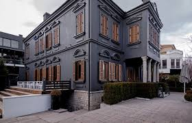 life gallery hotel korçë great