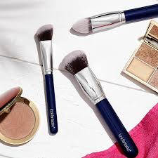 lookfantastic makeup brush set free