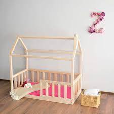 Giường trẻ em nào thích hợp cho bé 1-2 tuổi? - Thế Giới Đồ Gỗ Cho Bé