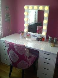 how to make a makeup vanity table