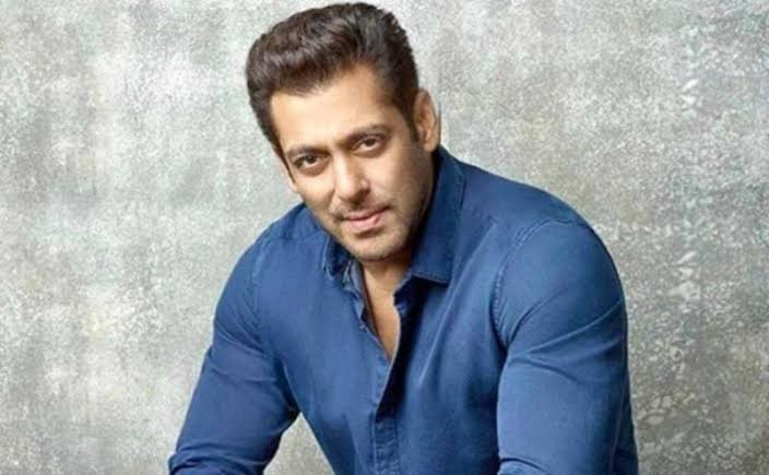 bollywood-ke-kisse-this-is-the-reason-behind-for-aamir-khan-salman-khan-and-boby-deol-to-not-doing-the-blockbuster-film-saudagar