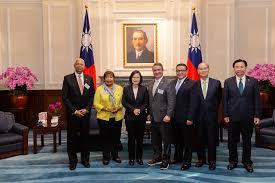 President Tsai meets Eddie Bernice Johnson, Chairwoman of US House ...