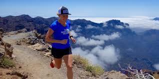 Hillary Allen running on La Palma – iRunFar.com