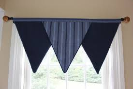 Triangle Valance For Boys Room Boys Room Curtains Kids Room Curtains Boy S Room