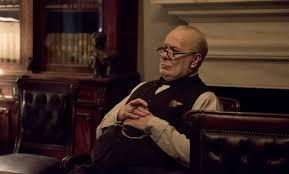 Les heures sombres : deux longues heures à la gloire de Winston ...