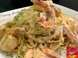 Creamy Garlic Lobster Alfredo - Cooking ...