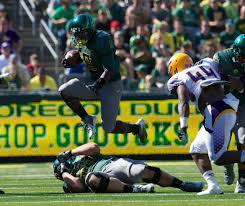 Oregon's Byron Marshall shares brotherly banter with Arizona ...