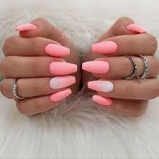 acrylic nails for summer that attract