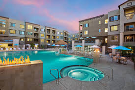 phoenix apartments for with