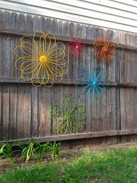 Jumbo Metal Flower Fence Art Oversized Eclectic Set Of 5 Metal Yard Art A Rainbow Of Colors Fence Art Metal Yard Art Flower Fence