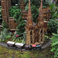 new york botanical garden holiday train