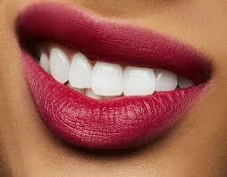 beautytech and lipstick