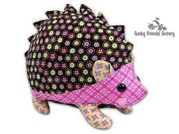 hedgehog sewing pattern photo tutorial