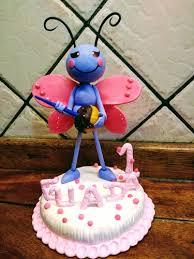 torta mariposa de la gallina pintadita