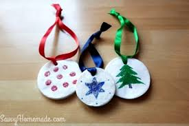 10 easy homemade decorations