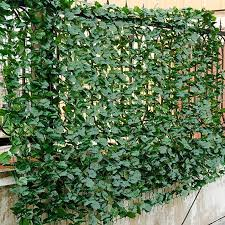 Amazon Com Giantex Artificial Hedges Faux Ivy Leaves Fence Decorative Trellis Privacy Fence Screen Mes Artificial Hedges Privacy Fence Screen Fence Screening