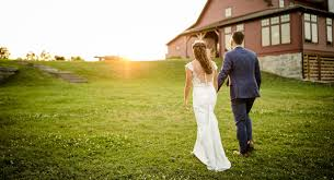 barn venues for a rustic chic wedding