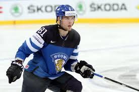 HIFK:n Iiro Pakarinen teki NHL-sopimuksen