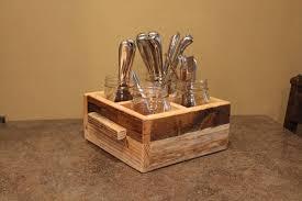 diy pallet mason jars utensils holder