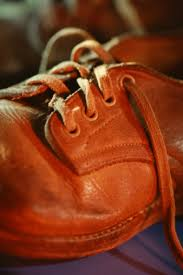 grease stain from leather shoes