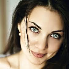 صور بنات عيونهم ملونة عيون بنات جذابه ومثيره جدا مدهشه اروع روعه