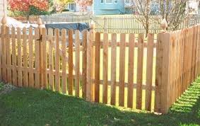 Fences Creative Yard Designs Backyard Fences Fence Design Wood Picket Fence