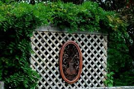 How To Build A Wood Lattice Screen