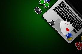 Players flock to online poker over Easter weekend - Coin Rivet