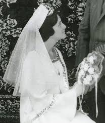 1960s sophisticated bridal veil bobby