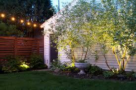 simple landscape lighting deuce