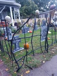 Diy Halloween Cemetery Twig Fence Cheap And Easy Took Branches From The Yard Waste Dump Screwed Together Halloween Fence Diy Halloween Fence Halloween Diy