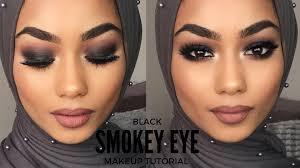 black smokey eye makeup steps