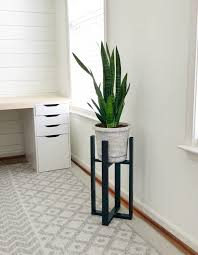 31 diy plant stands that let you