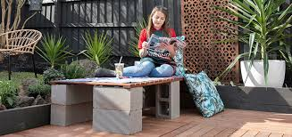 How To Make A Timber And Concrete Bench Bunnings Warehouse Concrete Bench Concrete Treated Timber