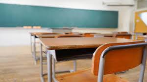 Coronavirus | Le scuole restano chiuse: Regioni e calendario