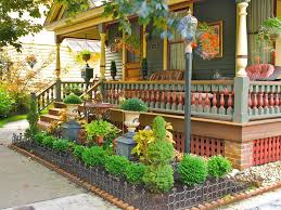 gorgeous entryway garden