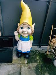 asda giant garden gnome in wandsworth