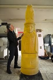 Preston Singletary in the studio with his totem pole; - Art & Antiques  Magazine