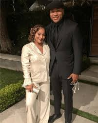 Simone Smith, LL Cool J's Wife, Turns 50, Celebrates 15 Years ...