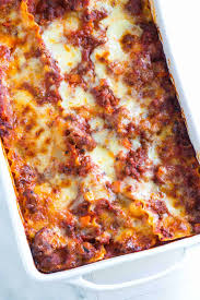cheesy sausage and beef lasagna
