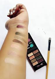 blend eyeshadow palette review swatches