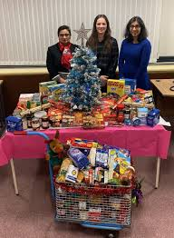 Staff at Hertsmere Borough Council support two foodbanks | Borehamwood Times