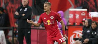 New York Red Bulls News: Long signed to new deal
