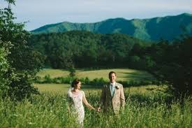 get married in pigeon forge