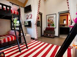 Amazing Kids Rooms Gallery Of Amazing Kids Bedrooms And Playrooms Cool Kids Bedrooms Creative Kids Rooms Hgtv Dream Homes