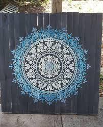 Prosperity Mandala Stencil Pochoirs Mandalas Mur Au Pochoir Peinture Murale